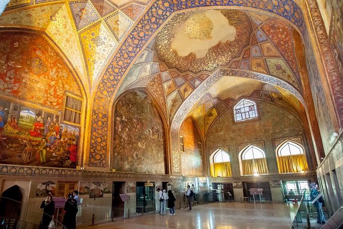 chehel sotun - Isfahan Chehel Sotun Palace