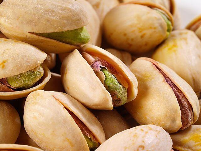 pistachio - 5 SURPRISING BENEFITS OF PISTACHIOS