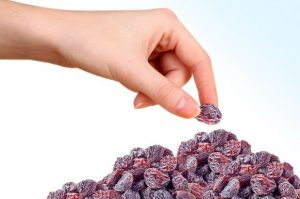 raisin - Raisin and 13 Benefits!